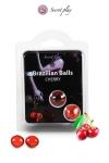 2 Brazillian balls - cerise - La chaleur du corps transforme la brazilian ball en liquide glissant au parfum de cerise, votre imagination s'en trouve exacerbée.